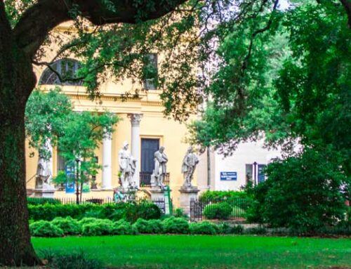 Savannah's Historical Squares: Telfair Square